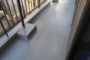 橿原市 和室の天井からの雨漏り修理でベランダ防水工事