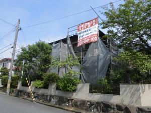 【屋根工事・屋根リフォーム・屋根修理・雨漏り修理】奈良県桜井市O様邸の屋根瓦交換工事が始まりました。