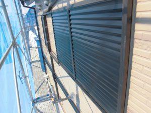 奈良県橿原市H様 雨戸塗装 上塗り2