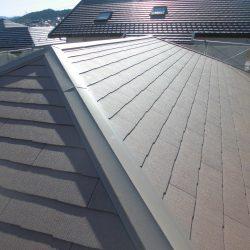 名張市 30年長持ちして遮熱効果があるスレート屋根工事