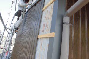 奈良県桜井市 外壁カバー工法工事 プリント鋼板張る1
