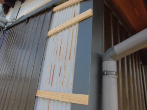 奈良県桜井市 外壁カバー工法工事 プリント鋼板張る2