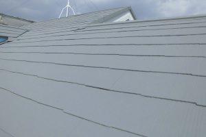 橿原市 耐久性20年の断熱セラミックガイナを屋根に塗装
