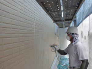 奈良県宇陀市S様邸 外壁下塗り(1回目)塗装2
