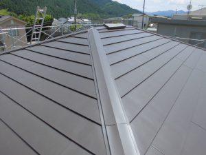 奈良県宇陀市 夏涼しく冬暖かいガルバリウムの屋根工事