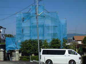 【外壁塗装,外壁塗り替え】奈良県北葛城郡河合町S様邸 外壁塗装工事が始まりました。(足場・洗浄・雨戸と庇塗装)