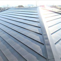 伊賀市 今のスレート屋根にガルバリウム鋼板を重ねる工事