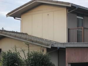 【屋根工事・屋根リフォーム・屋根修理・雨漏り修理】三重県津市M様邸 屋根工事前の現場調査です。