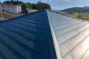 伊賀市 今の屋根にガルバリウム鋼板を重ねるリフォーム