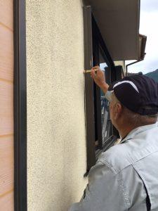 奈良県宇陀市 外壁ひび割れに長持ちシーリング材で修理