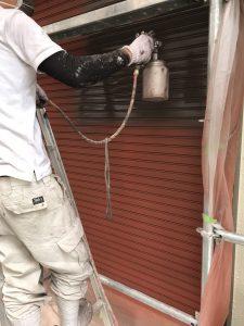 奈良県橿原市 雨戸塗装 上塗り塗装1