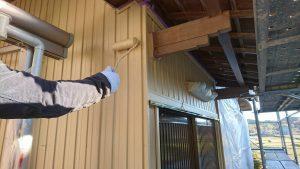 三重県名張市Y様 トタン壁にクリーンマイルドシリコンを塗る4