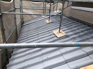 奈良県吉野郡 遮熱と断熱効果のあるガイナを屋根に塗装