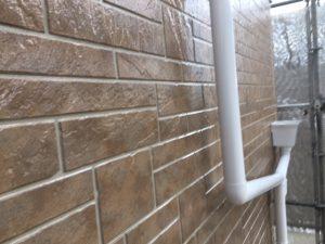 奈良県橿原市 サイディング壁にフッ素樹脂塗料を上塗り4