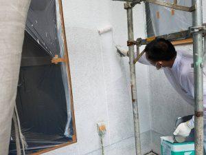 橿原市 外壁下塗り塗装2回目3