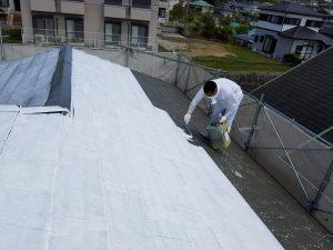 名張市 屋根塗装下塗り2回目2
