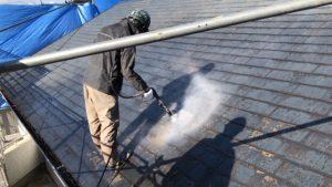 橿原市 遮熱と断熱効果の断熱セラミックガイナを屋根塗装