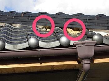 屋根しっくいの破